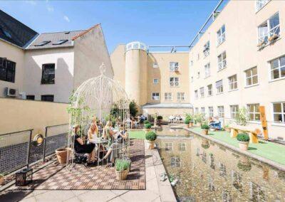 Intet kursuscenter i Danmark kan tilbyde en så skøn oase som hos MBK i Pilestræde...